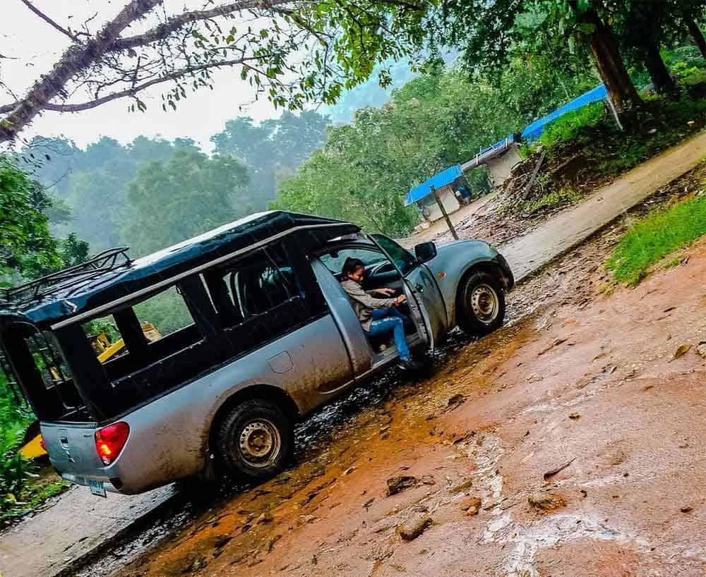 transport en pickup jusqu'au point de départ du trek